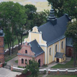 1. Kościół parafialny Świętej Trójcy zbudowany w XVIII w.