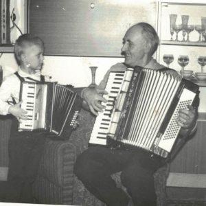 Muzyka łączy pokolenia- Brunon Kokorzycki i Łukasz Sikora
