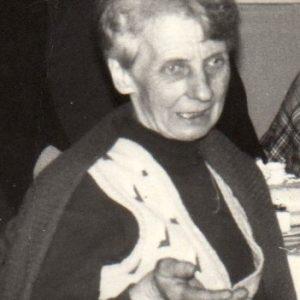 Maria Łapińska założycielka organizacji Liga Kobiet w 1950 r. , która później przekształciła się w KGW. Prowadziła również bibliotekę w której był jedyny telewizor na wsi w latach sześćdziesiątych.