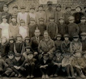 roczniki 1916-1920 Powszechna Szkoła w Ruszkowie