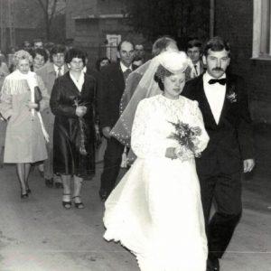 c.d.orszak weselny idzie do kościoła