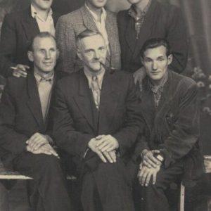 Na dole z lewej Józef Gronowalski z prawej Mieczysław Święcicki