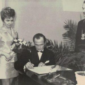1969 r. Ślub cywilny Jadwigi i Franciszka Lorenców
