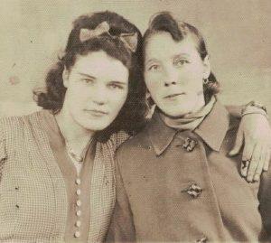 Anna Kokorzycka i Marianna Zarębska