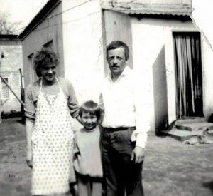 Rodzina Szagańców jeszcze w starym domu