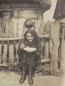 Anna Kokorzycka -kolejne zdjęcia z młodości.