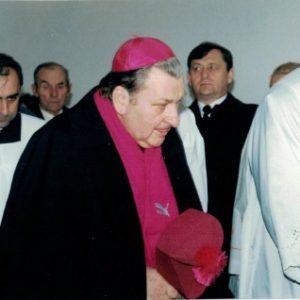 16. c.d. poświęcenie kaplicy przez ks. Biskupa Andrzejewskiego