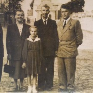Odpust 1954 r. Rodzina Szymczaków